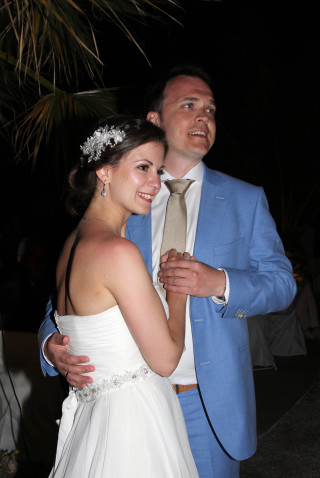 Aksana-Alexei-wedding-in-naxos-03