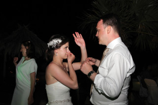 Aksana-Alexei-wedding-in-naxos-15