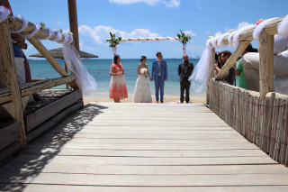 Aksana-Alexei-wedding-in-naxos-23